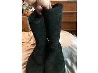 Genuine ugg boots uk 7
