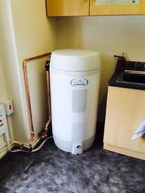 Salon Aquaflow 150 Hot Water System