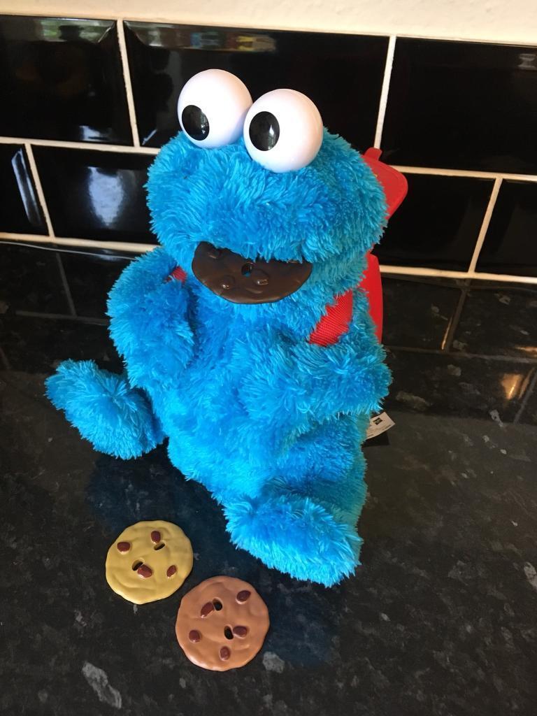 Hasbro Sesame Street Count 'n Crunch Cookie Monster