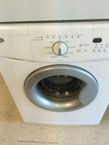 91  - Whirlpool  Mini 24''  Laveuse Frontale Frontload Washer -