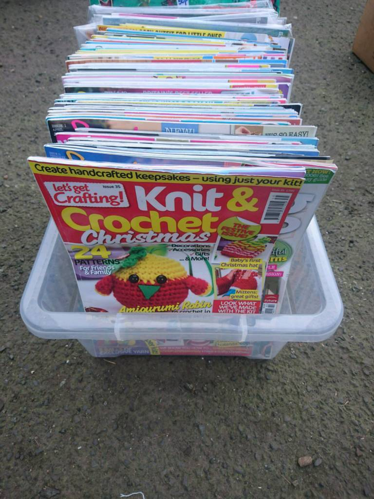 Collection knitting magazines