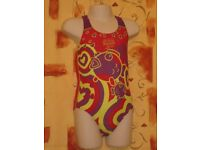 Childs Speedo Sea World One Piece Girls Swimsuit, Red, Purple & Green – Size 2 (Approx. age 4 - 5)