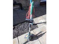 Grass Strimmer. Qualcast 450watt GGT4502 201015