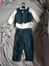 Boys navy suit 9-12 months