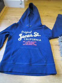 GIRLS NAVY HOODIE - GC - AGE 8-9 YEARS - FROM H&M