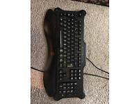 V5 Mad Catz Gaming Red LED Keyboard