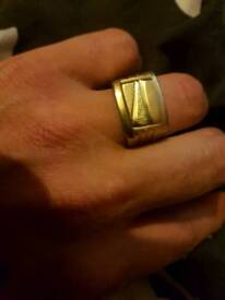 2 x Gold plated/ brass ring stamped 18k 750