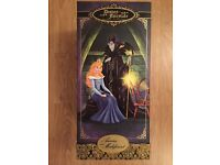Disney Fairytale Designer Collection Figurines - Aurora and Maleficent (Limited Edition)