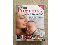 Pregnancy book! Week by week pregnancy guide excellent condition!!