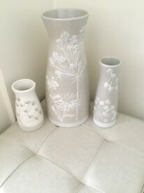 Next vase X 3