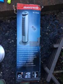 Honeywell oscillating tower fan