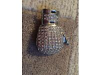 Metal bling boxing glove buckle