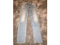 "Lightwash ""Hollister"" Straight Fit Jeans."