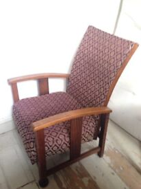 Stylish 1920's/ 1930's Vintage Oak Recliner Chair Good Condition!
