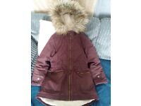 Girls warm winter coat age 8 years in great condition.