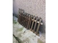 Fencing & small gate