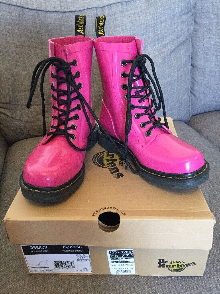 "Hot pink Dr Martens ""Drench"" rubber wellies, size 5 with original box. Excellent condition."