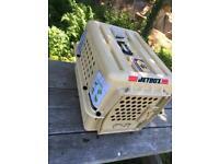 Jet box pet carrier