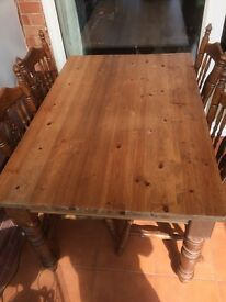 Dining Room Table and 4 Oak Chairs