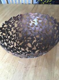 Bowl made of keys