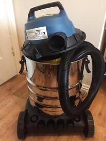 1500W Electric Wet & Dry Vacuum Cleaner