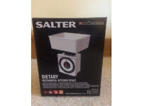 SALTER DIETARY MECHANICAL KITCHEN SCALES TO AID WEIGHT LOSS. NEW.