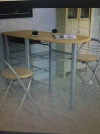Breakfast bar table and 2 stools