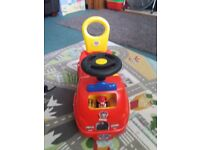 PAW PATROL SIT N RIDE IMMACULATE CONDITION