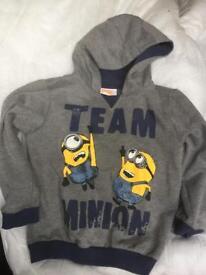 NEW never worn children's minion Jumper / Hoodie 3-4 years