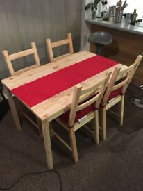 Dining table and chairs set for sale