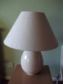 2 table cream lamps, crackle glaze ceramic bases