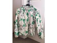 Size 10-12 ladies Tog 24 ski jacket