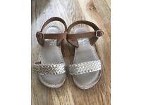 Infant size 7 Nearly new sandals (mantaray)