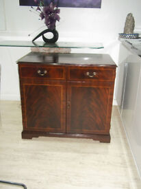 Hi-Fi Cabinet Charles Sheraton with Draws Truntable space Shelf on caster