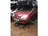 2004 renault scenic 1.4 16v petrol BREAKING FOR SPARE PARTS