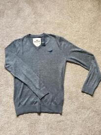 Hollister grey jumper size small