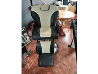 Barber chair 1 year old, great condition.