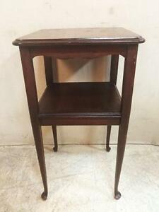 Lovely Solid Wood Bi Level Table With Scalloped Edge And Delicate Legs