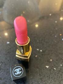 Channel Lipstick Rough Coco 424 Edith