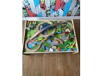 Train table / play table