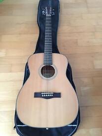 Lovely Fender acoustic guitar + case