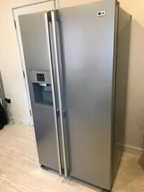 LG Fridge Freezer with water & ice dispenser