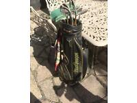 Golf Clubs MacGregor 7000 Graphite shaft right handed clubsand bag