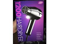 BOOTS ESSENTIAL 1200 HAIRDRYER- in box.
