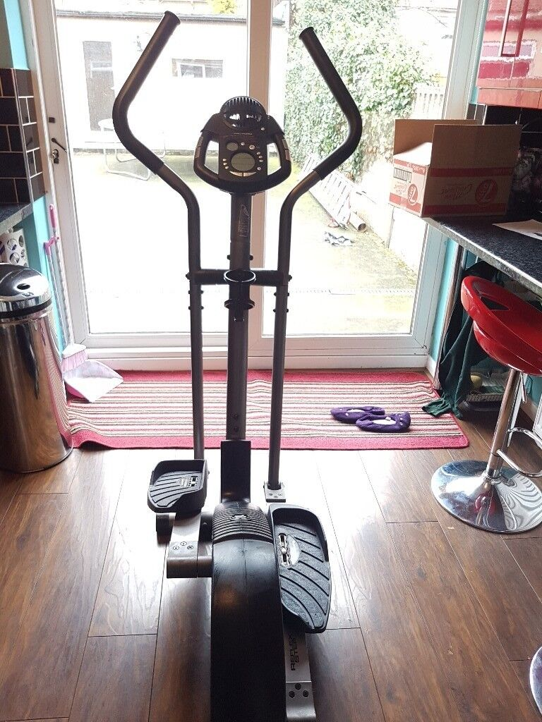 Pro Form Cross trainer  Good condition  Display screen does not work