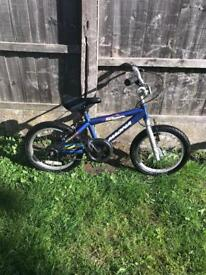 "MAGNA ROCK JUMPER BOYS BIKE, 16"" WHEELS, fully working and used condition"