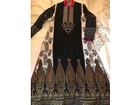 Sana Safinaz by Henna Mehndi embroidered Lawn 3 piece suit. Size 10/small