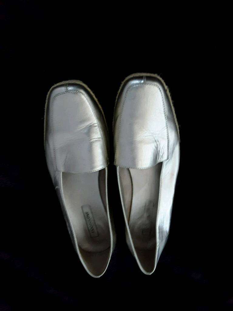 M and s gold loafers