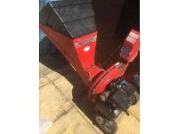 WOOD CHIPPER PETROL 5HP LAWNFLIGHT handy machine