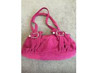 A FABULOUS UNIQUE PINK SUEDE HANDBAG - EXCELLENT CONDITION